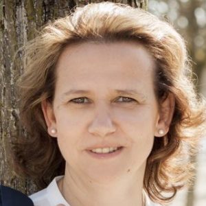 Yvonne Herr