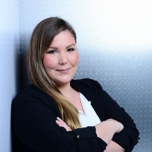 Monika Siesing - Senior Recruitment Consultant - Java