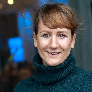 Frau Julia Tammeveski